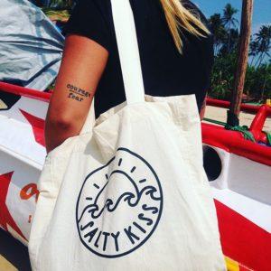 salty-kiss-beach-bag