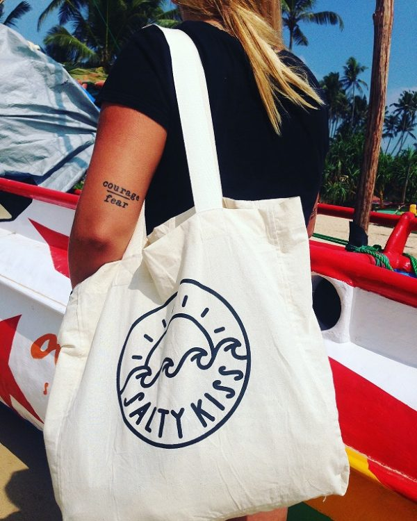 salty-kiss-beach-bag