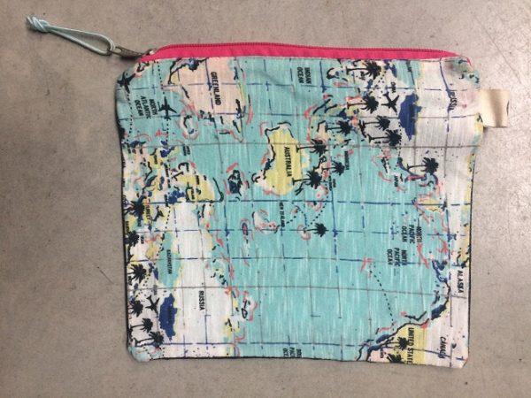 salty-kiss-map-bag